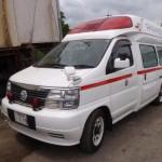 日産 エルグランド 救急車